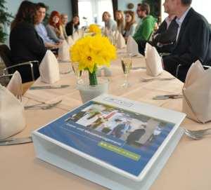 Eventmanagement studieren: Webinar des Studieninstituts für Kommunikation informiert über Bachelorstudiengang