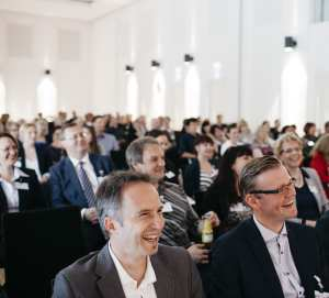 Bernd Fritzges erklärt im Gespräch mit dem Studieninstitut die Ziele der WerteFoundation für die Eventbranche